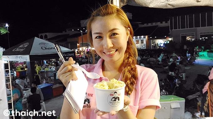 タイ発祥の鉄板ロールアイスクリームをサムイ島で