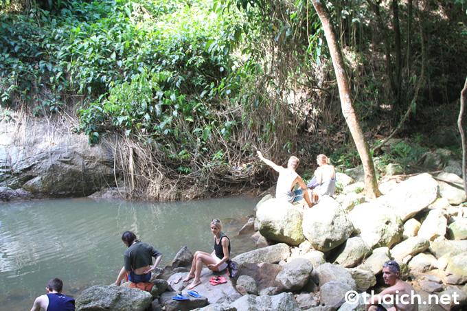 サムイ島・ワンサオトン滝の天然プール