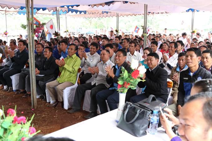 開校式には父兄・学生含め600名以上が参列