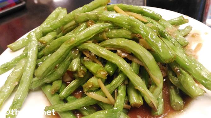 「インゲン豆炒め」(140バーツ)