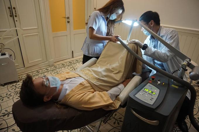 タイの美容クリニックによる男性のアソコを白くする治療が話題