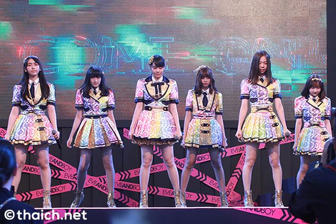 BNK48写真特集[EVEANDBOY Fashion Island Grand Opening]