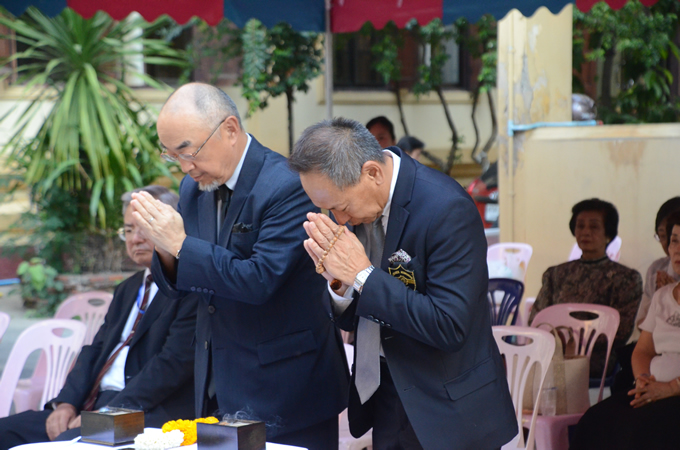 ワットリアップ内 日本人納骨堂にてタイ国日本人会が春季彼岸法要を開催