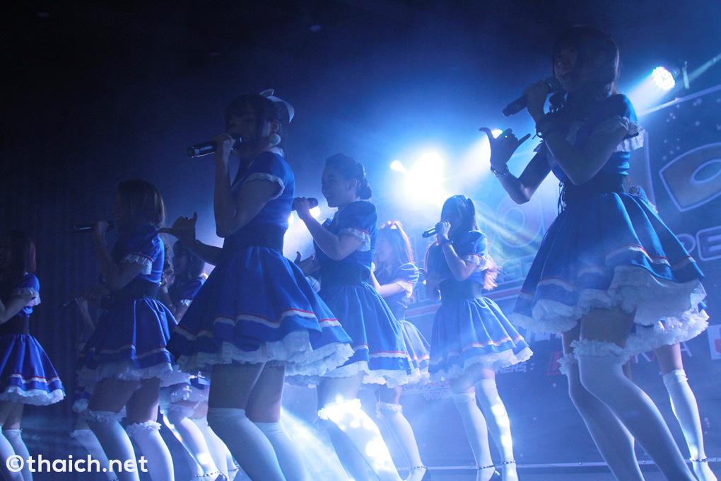 SWEAT16 !パフォーマンス[クSiamdol 1st Anniversary IDOL Super Live Thailand × Japan Friendship]