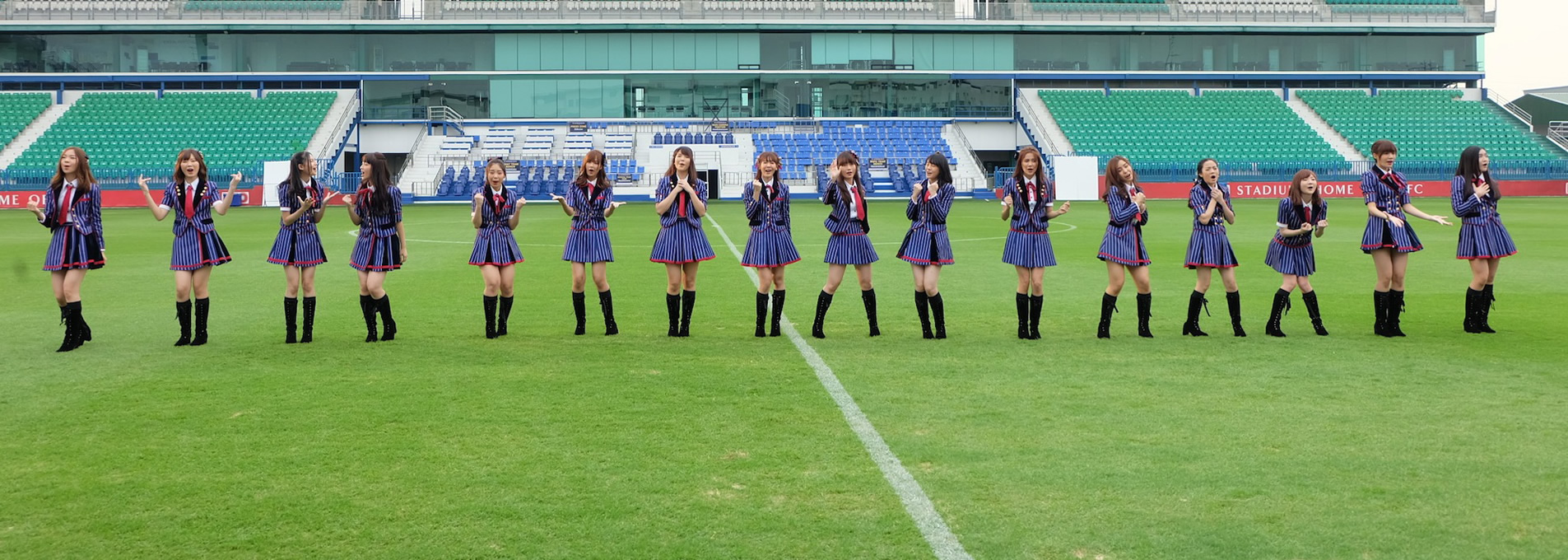 BNK48「初日(Shonichi)」、センターはミュージック&ヌーイ