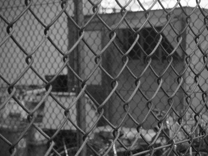 タイ深南部ナラティワート県では受刑者16人が刑務所から逃走