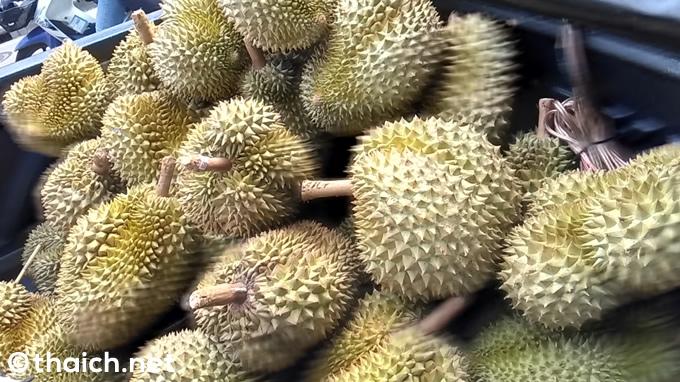 ドリアンが美味しいシーズンです!中国のアリババではタイ産ドリアンが馬鹿売れ!