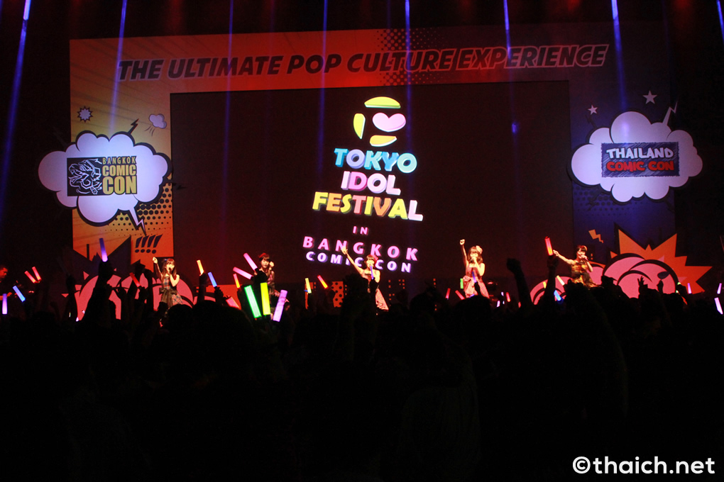 まねきケチャが「TOKYO IDOL FESTIVAL in BANGKOK COMIC CON」のオープニングアクト
