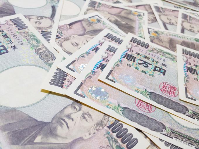 タイ発日本行き航空機ビジネスクラスで64万円盗難事件発生、中国人を逮捕