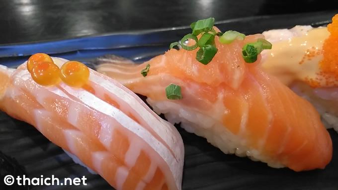 タイ人経営の日本料理店の寿司
