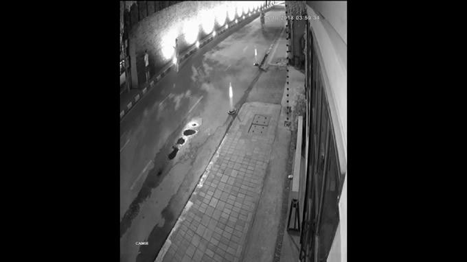 チェンマイの城壁への落書きで逮捕された外国人、懲役は回避で罰金10万バーツ