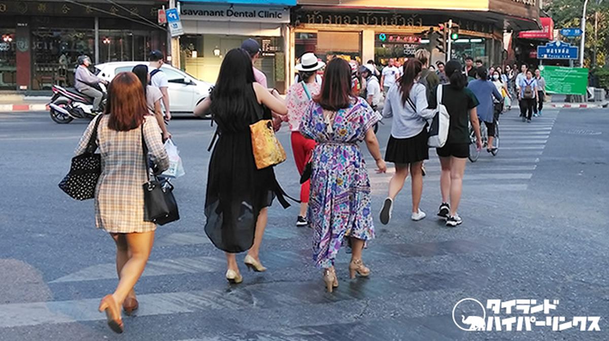 大気汚染が申告なバンコクの街、マスクをして歩いている人は1割に満たず【PM2.5】