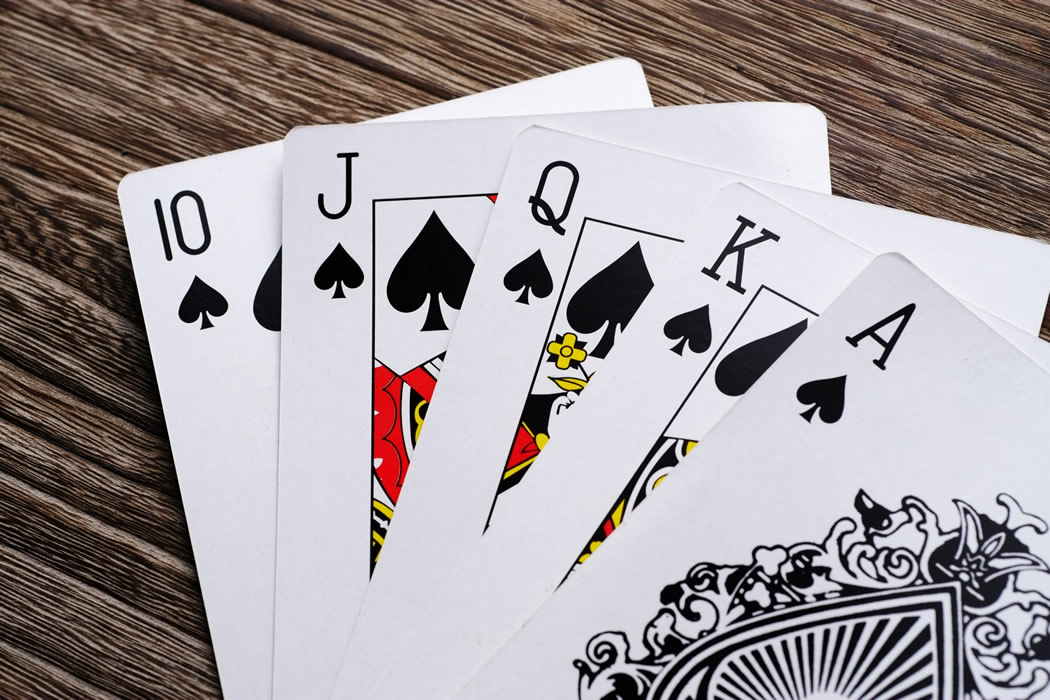 タイ東部で大規模な闇カジノを摘発し118人を逮捕