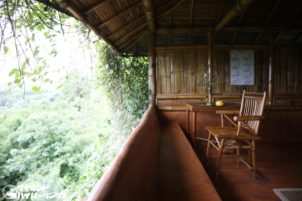 「プーチャイサイ」で竹造りの客室からの眺めに癒やされる…目の前には雲海も!?