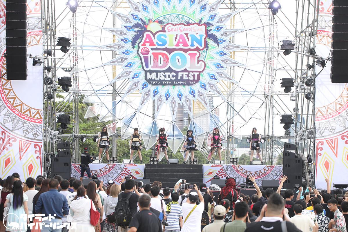 Siam☆Dream、6人体制でパタヤビーチのステージへ![ASIAN IDOL MUSIC FEST 2019]