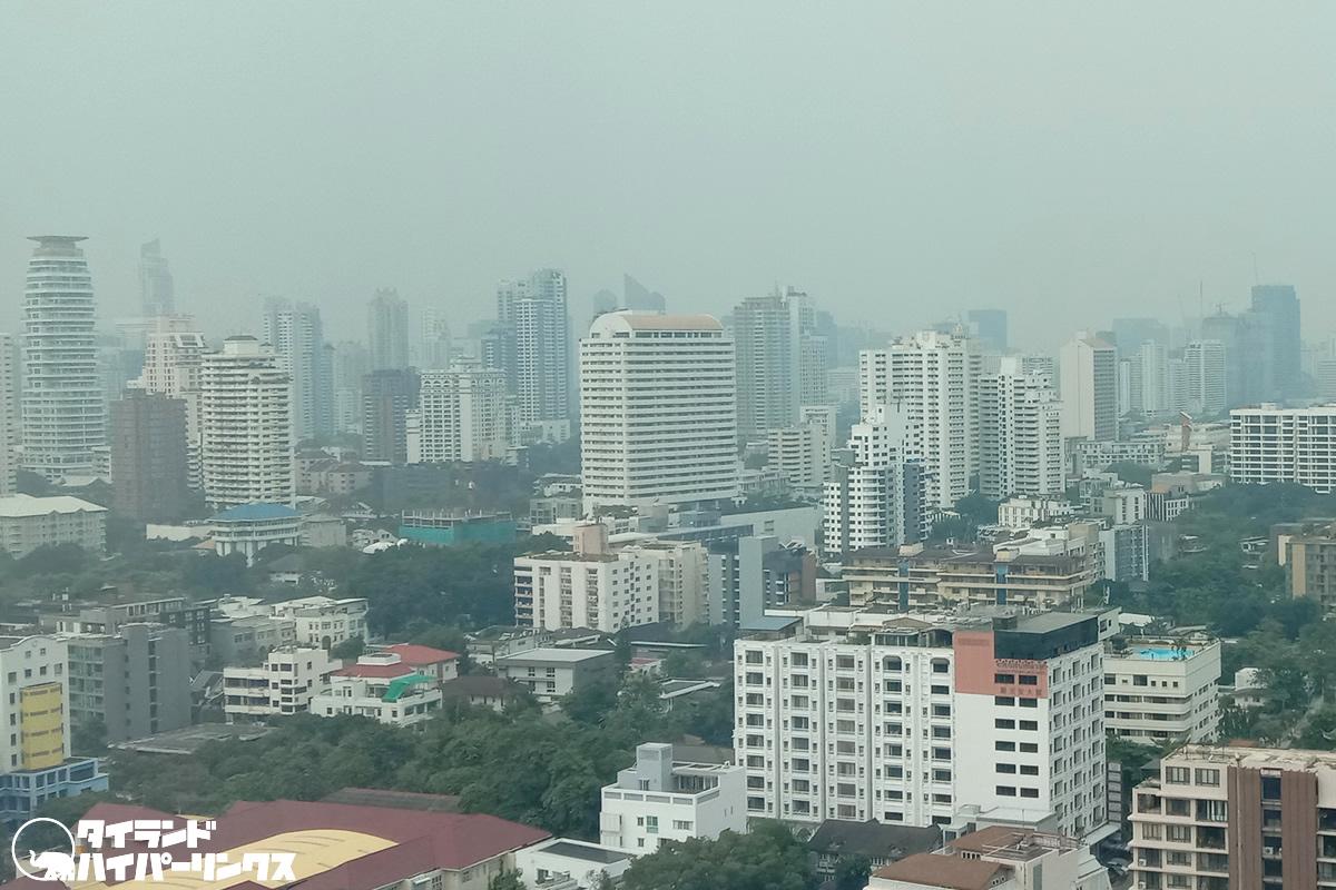バンコクで437校を休校に、大気汚染悪化で