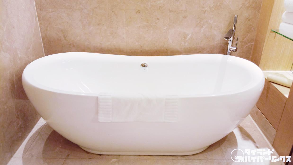 ホテルに泊まったら泡風呂だよね!Bootsで買った甘い香りのバブルバス