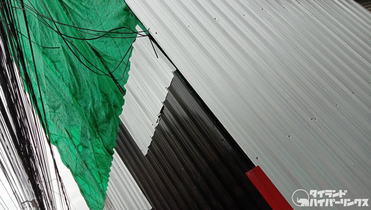 日曜なのに建設工事の音がうるさ~い!~バンコクの街角の風景