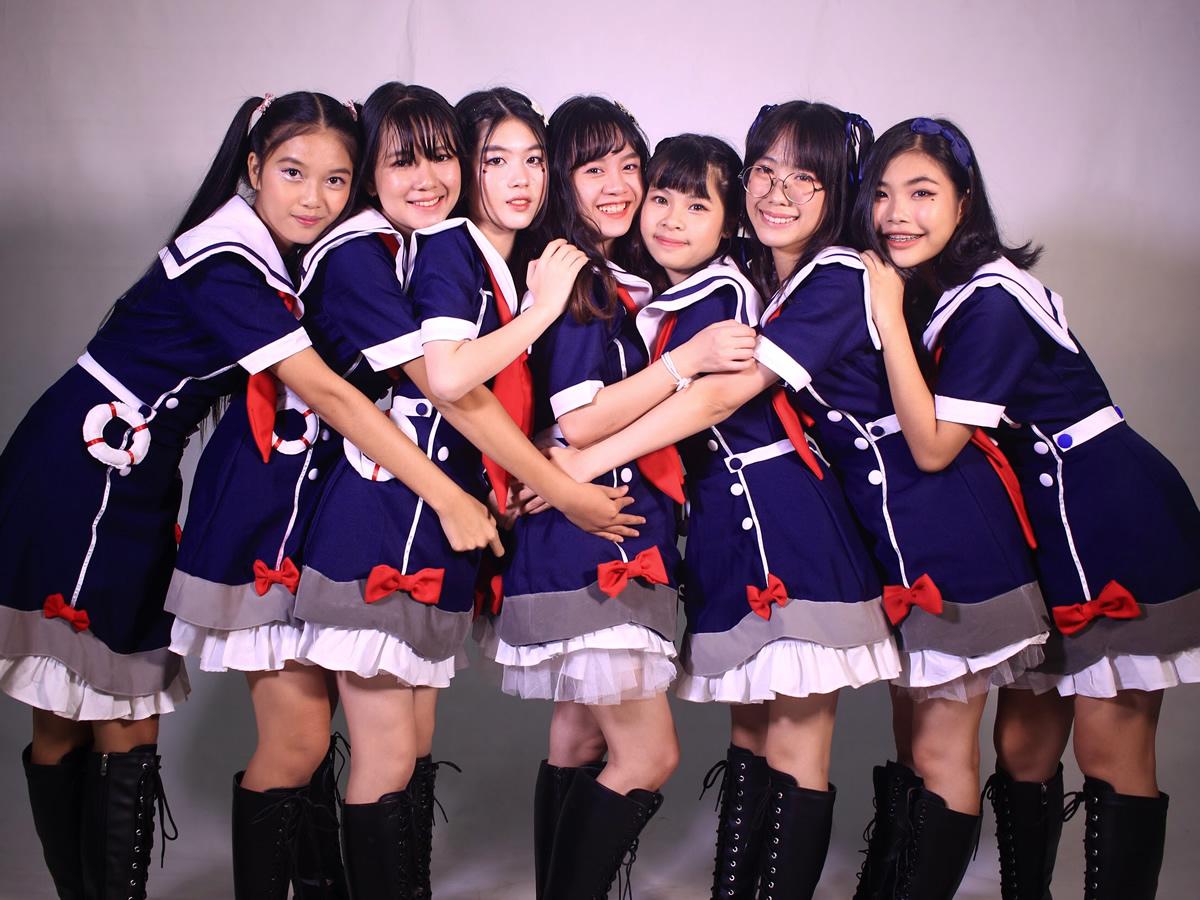 「らおネイビー(LaoNavy)」ラオス初のアイドルグループの全メンバー紹介!