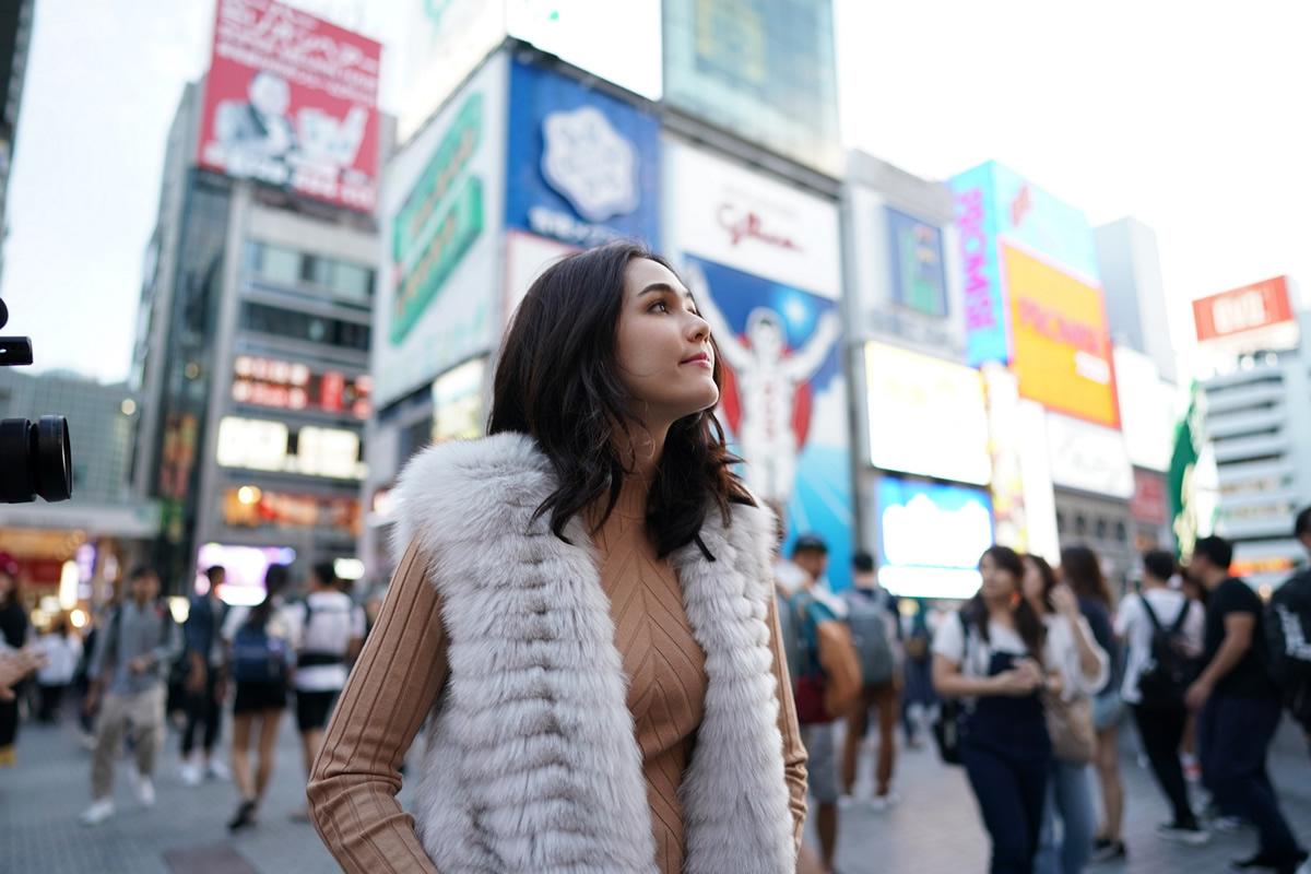 女優で母親でもあるチョンプー・アラヤー、冬の香りを探しに神戸へ