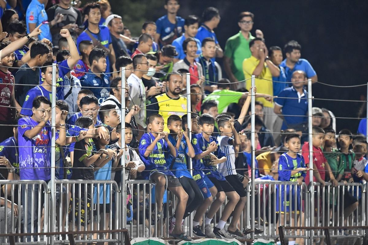 タイサッカーもスカウティング分析の時代へ サムット・プラカーンvsムアントン・ユナイテッド BIGマッチ観戦記