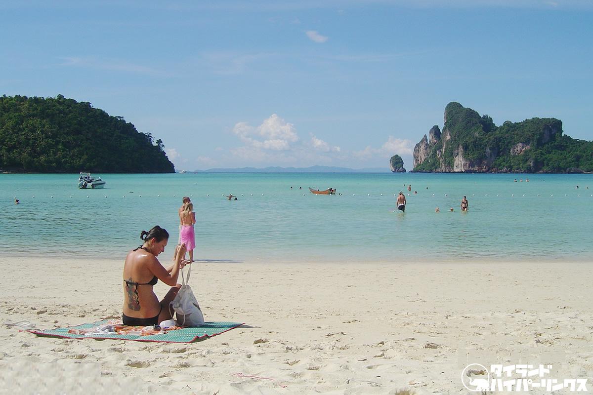 8月末までに外国人観光客のタイ入国を認める動き、タイ南部の5つの島を開放か