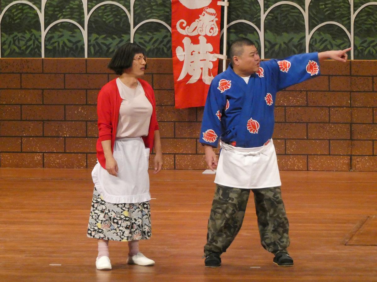 吉本新喜劇初のタイ公演は大盛況!約1,200人が大笑い!