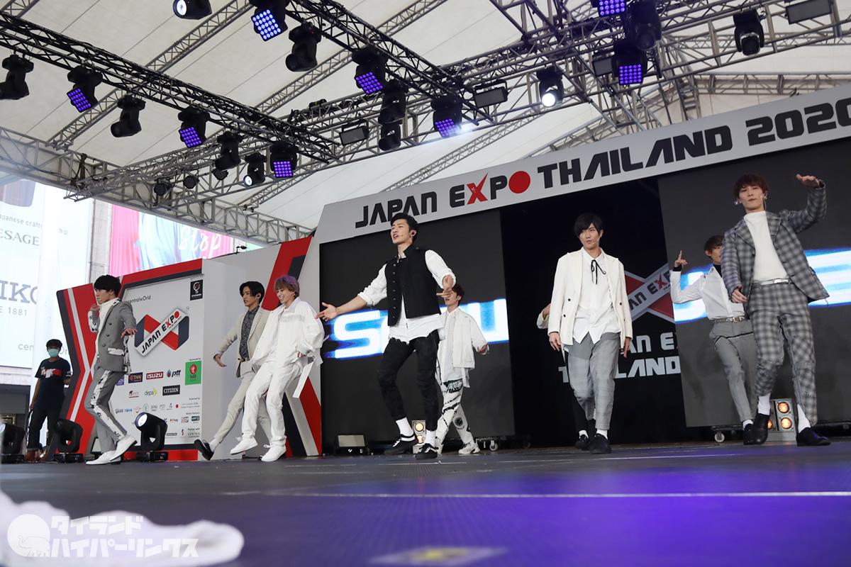 Snow Manの写真30枚!「ジャパンエキスポタイランド2020」のステージに登場!