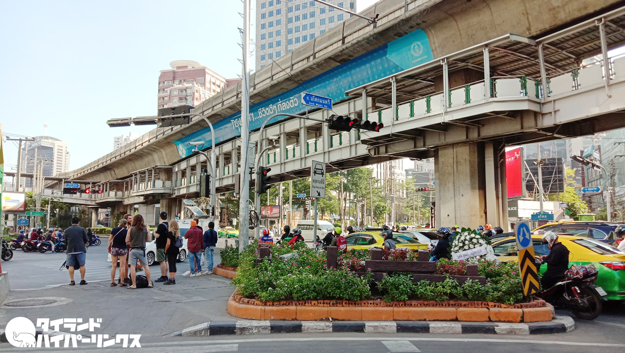 9月6日はバンコク都アソーク交差点とラチャプラソン交差点で反政府デモ