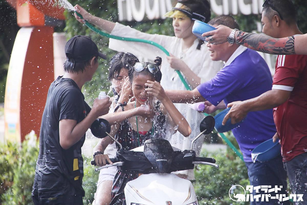タイ正月休みは延期へ、タイの新型コロナ感染者は147人に