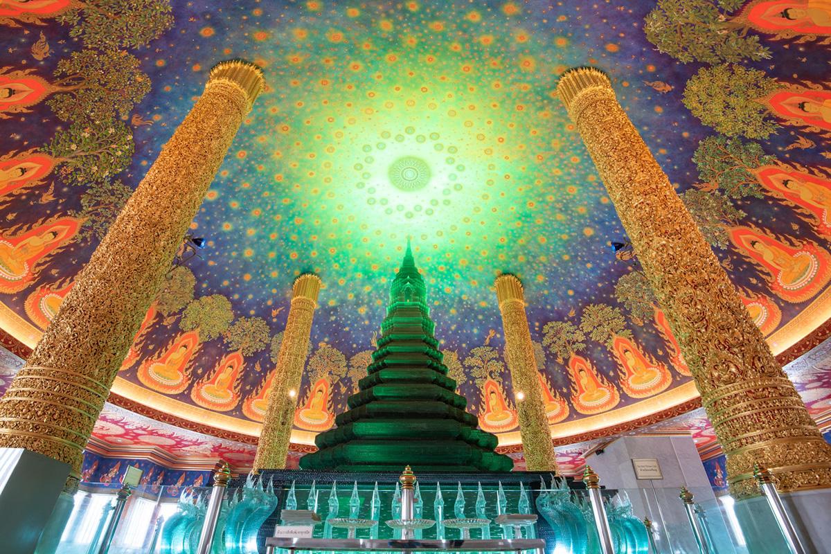 実際に無料登録後にダウンロードしたバンコクのワット・パクナムの写真 ©日本アセアンセンター