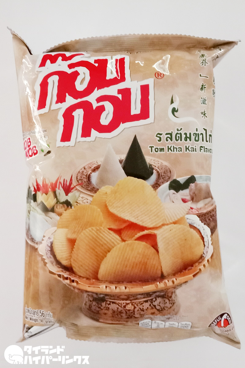 「KOB KOB」のトムカーガイ味ポテトチップス発見!
