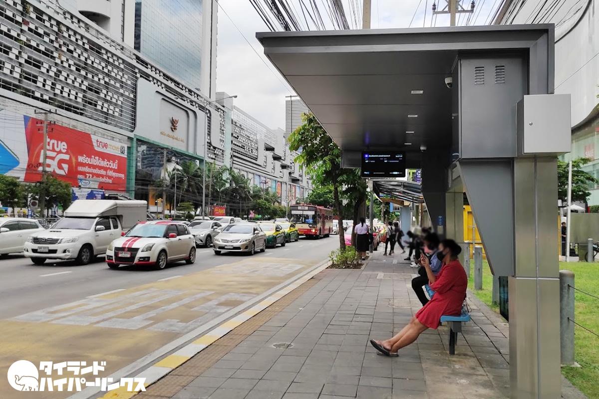 「スマートバスシェルター(Smart Bus Shelter)」
