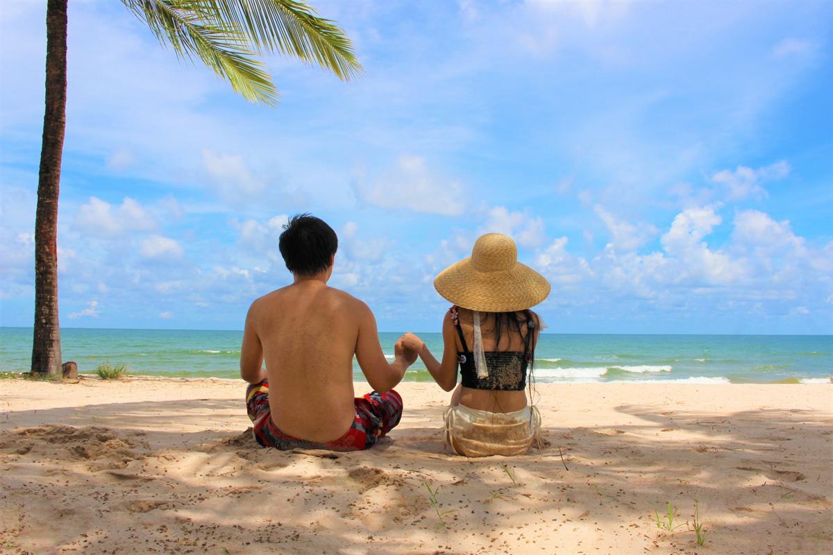 愛する人に会うためタイに入国したい!署名活動実施中 #LoveIsNotTourism