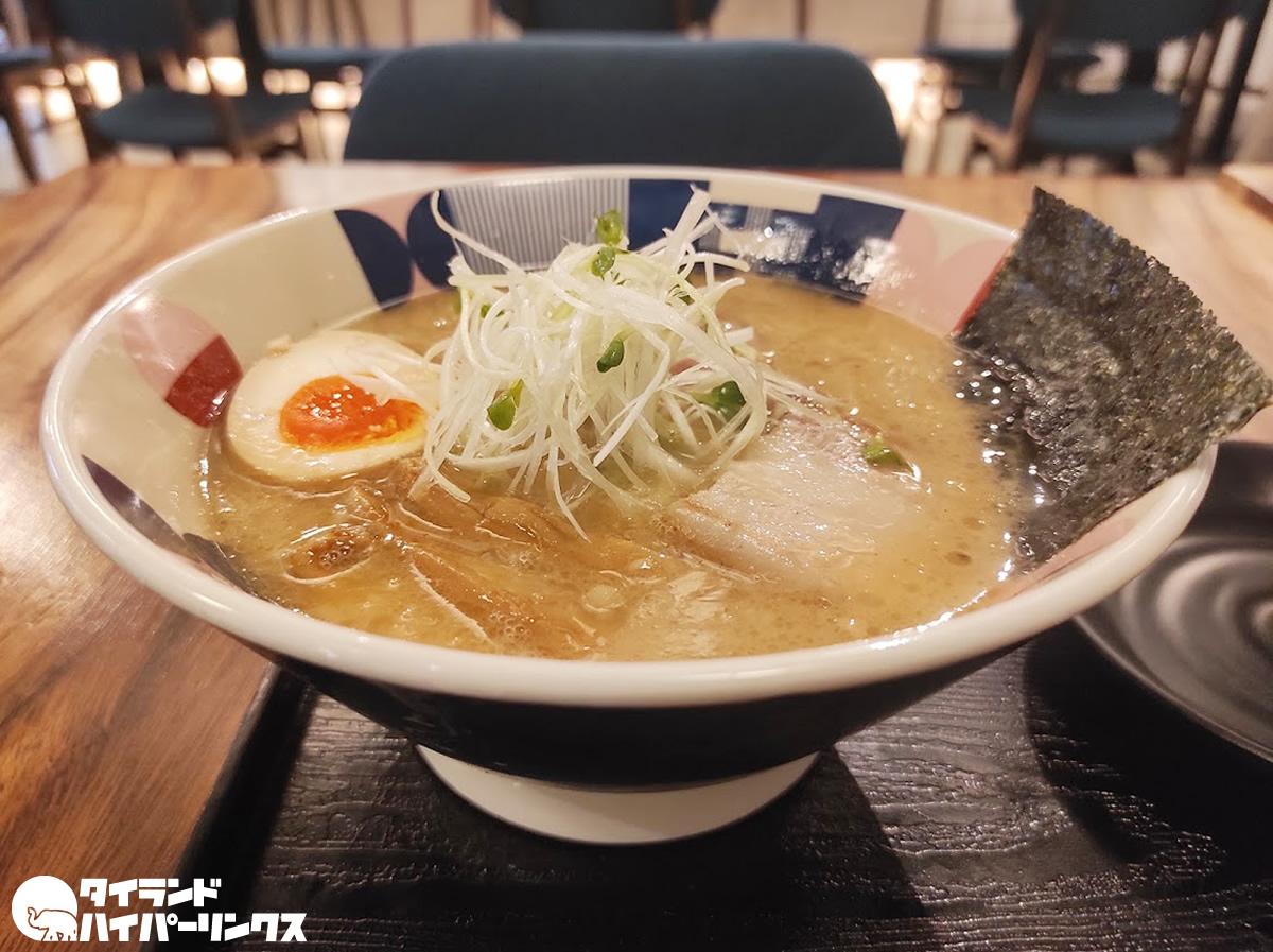 TONCHIN「東京豚骨ラーメン」(190バーツ)