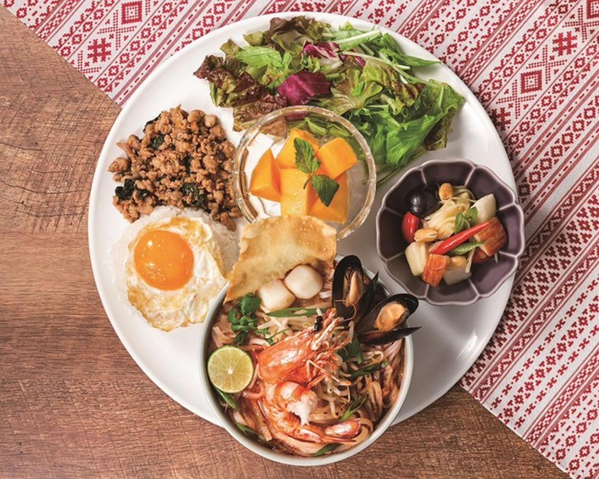 もちもち生米麺と甘辛酸スープで身体の芯からあたたまる!「天草産車海老のトムヤムヌードルプレート」