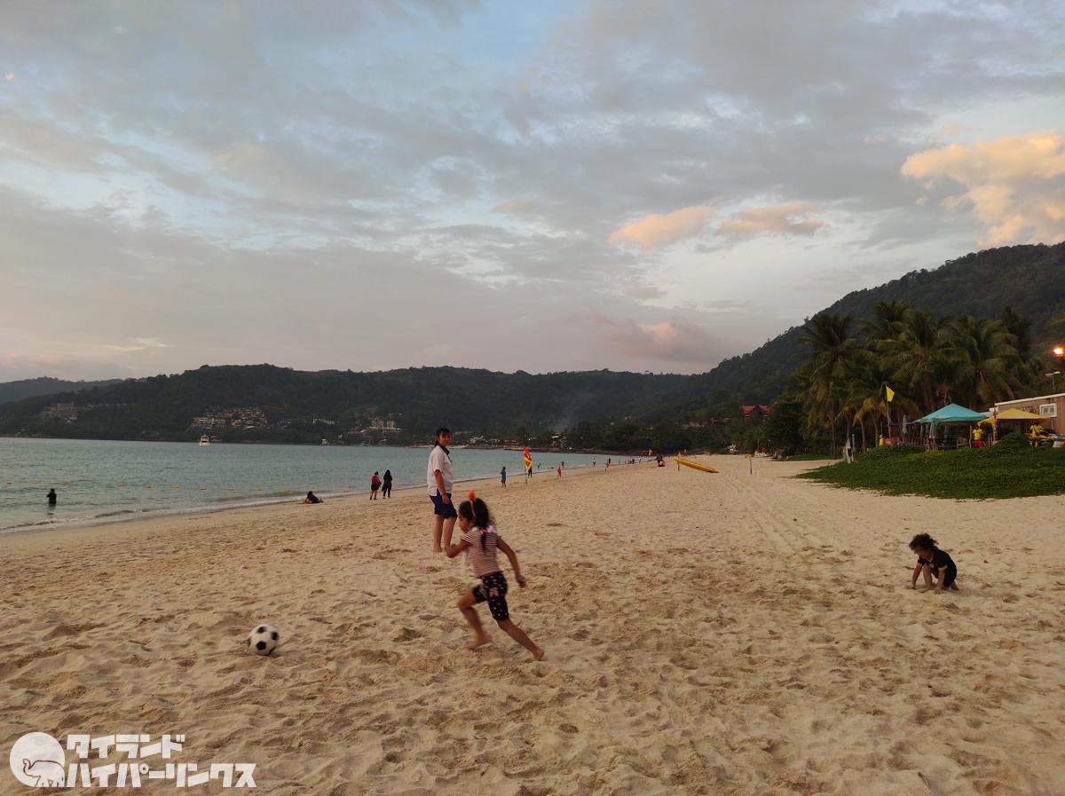 プーケット・パトンビーチで飲酒、外国人ら逮捕