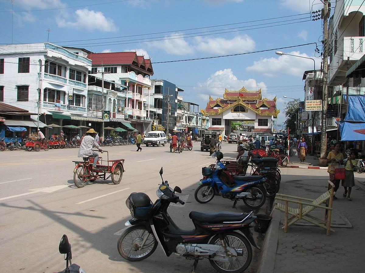 男女7人ミャンマーから密入国、タイ人カジノ従業員を逮捕