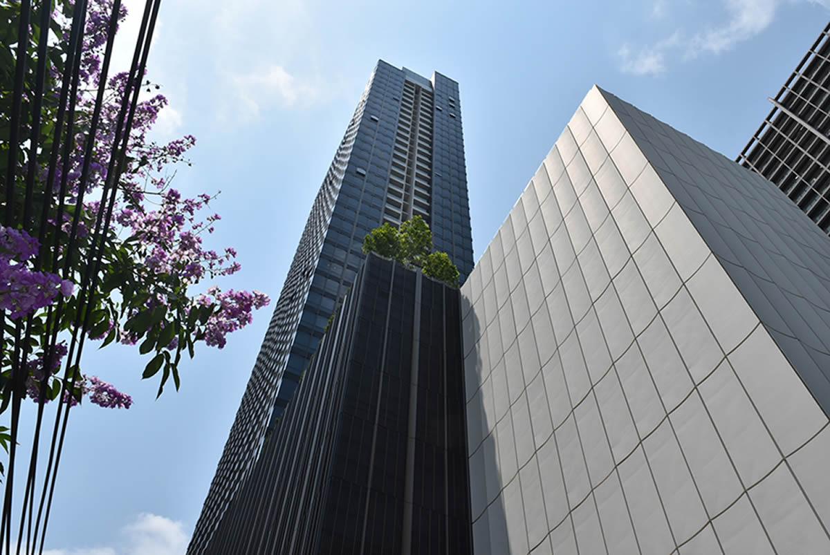 超豪華新築高層コンド「The Esse Sukhumvit 36」の好立地とファシリティーに驚愕!