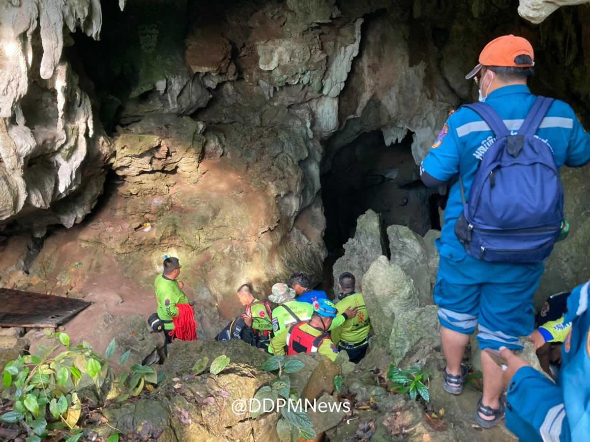 大雨で浸水した洞窟に閉じ込められた僧侶、救助活動難航