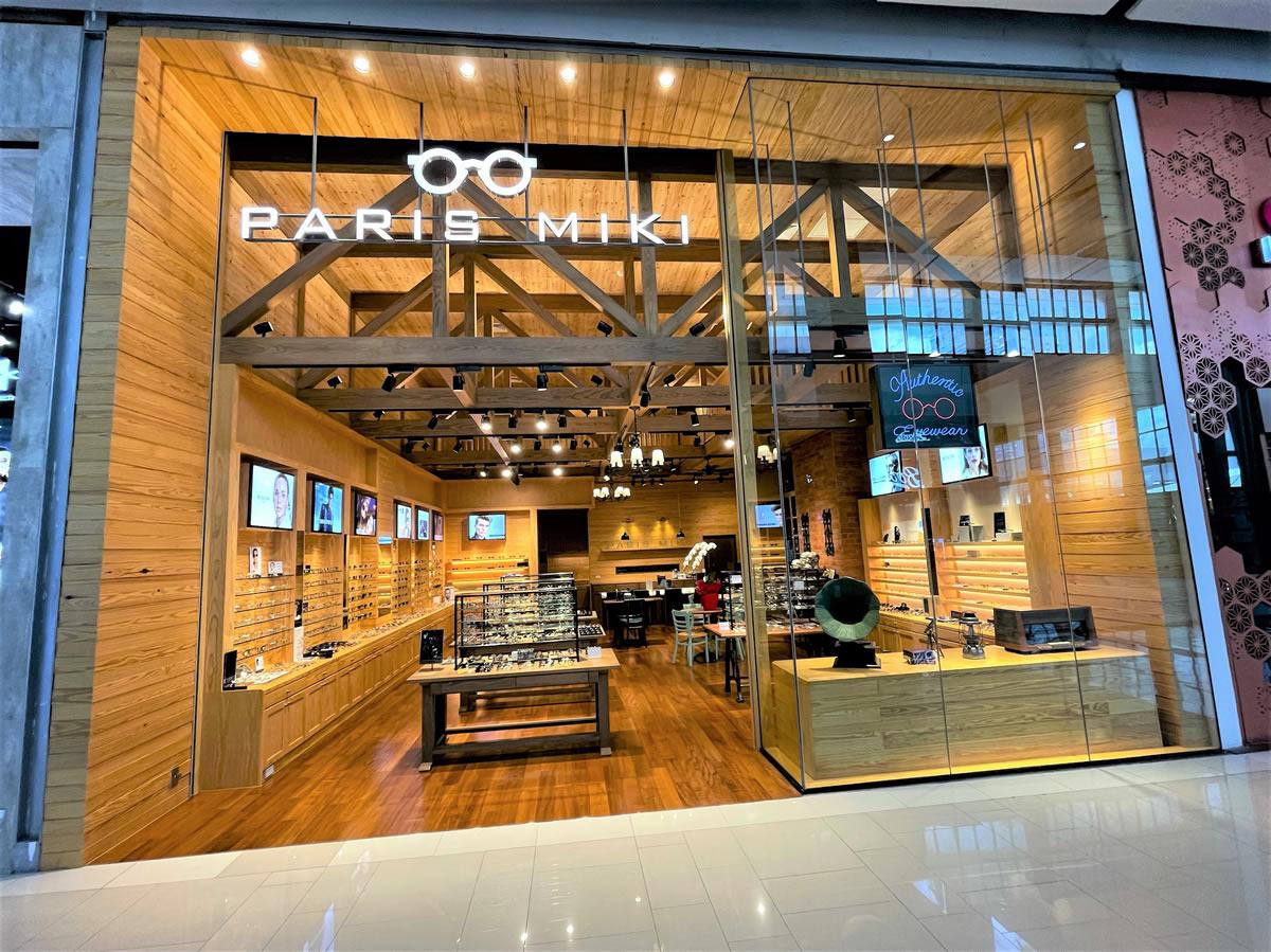ログハウスタイプ店舗「パリミキ  セントラルワールド店」がオープン