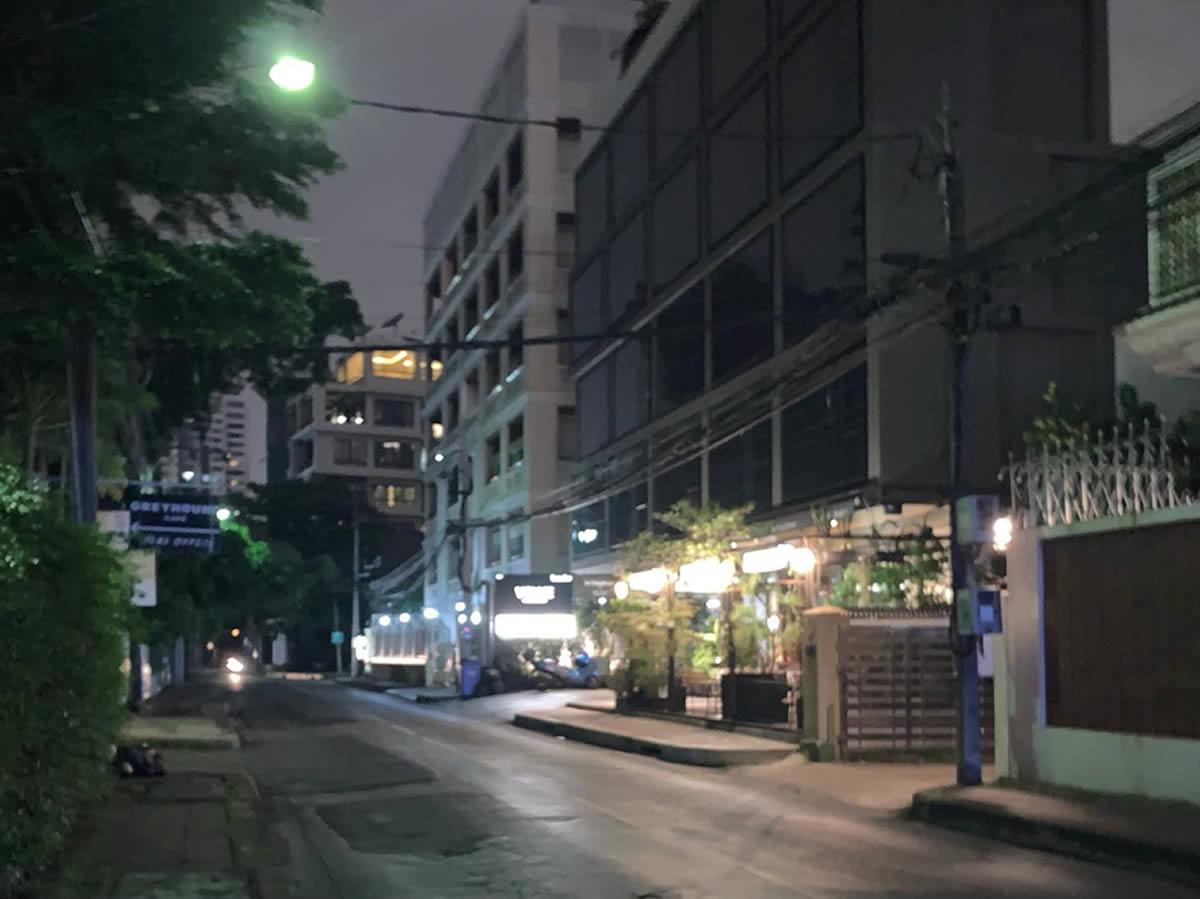 バンコク、夜間の路上恐怖体験!
