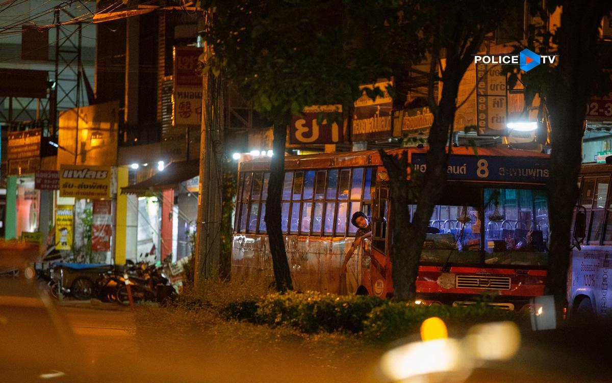ハッピーランド通り路線バスジャック犯が降伏、母親も説得
