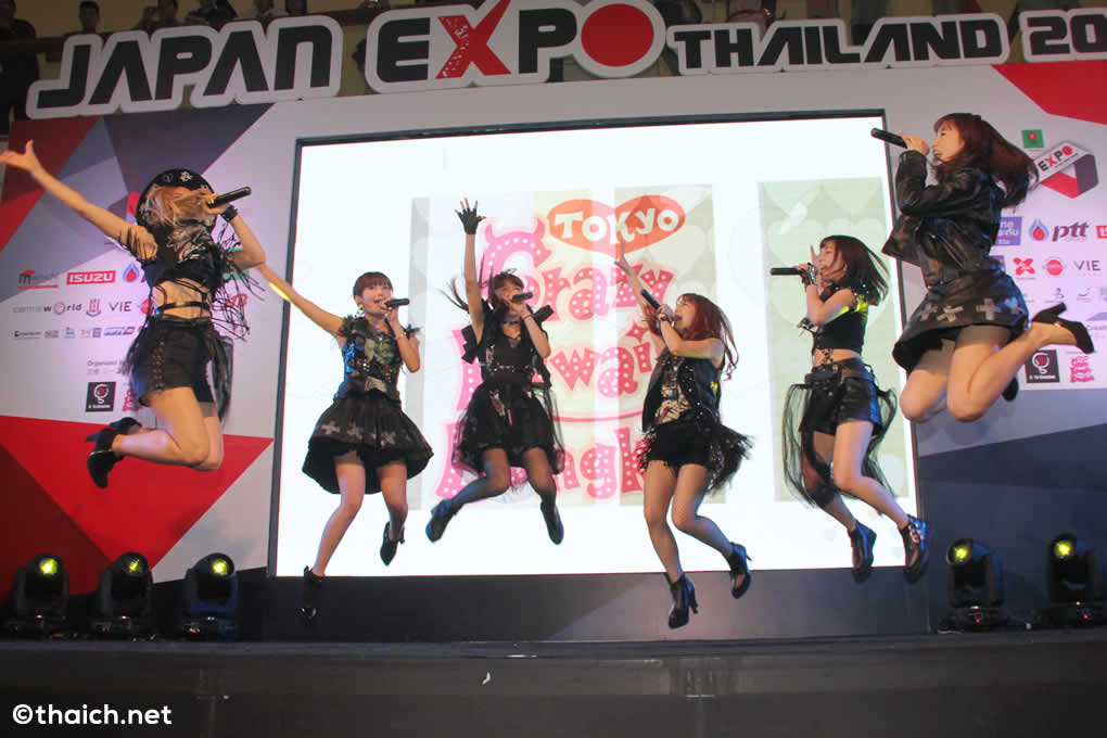アイドルグループ・Chu-Zがタイ人歌手インリーの大ヒット曲で踊る