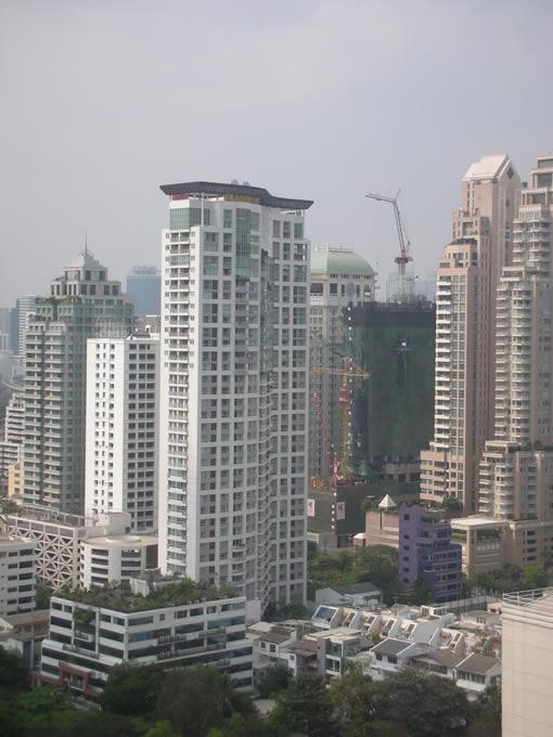 Urbana Langsuan Bangkok01