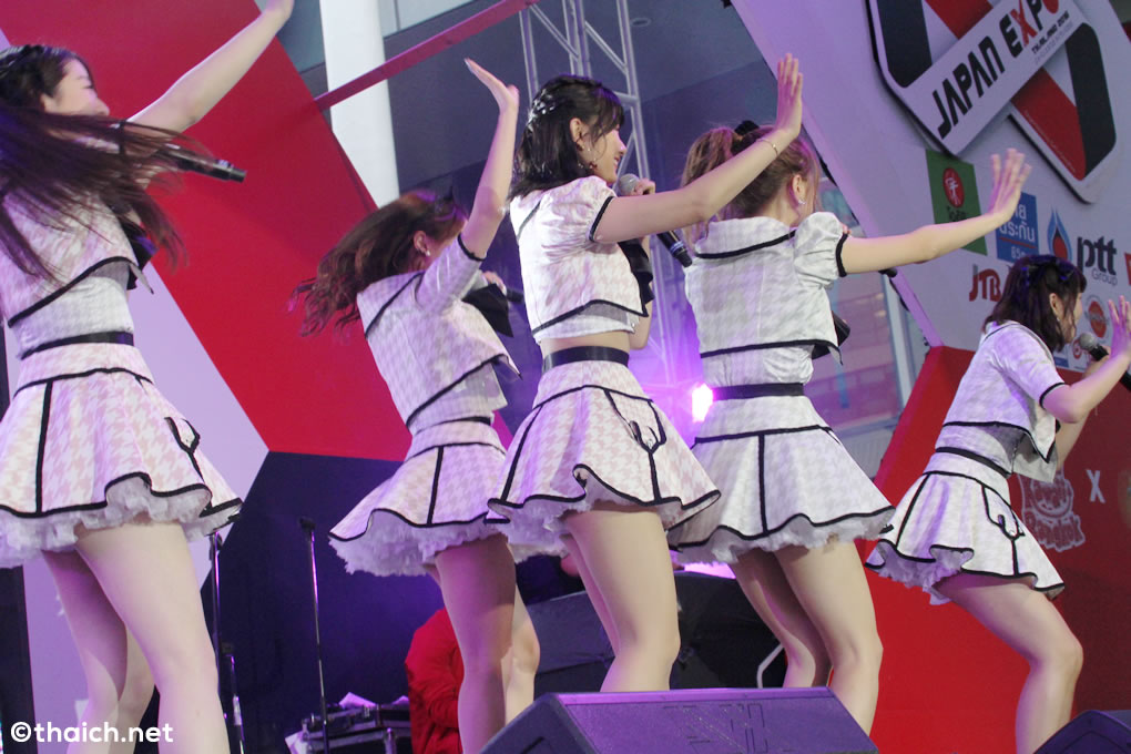 akb48 japan expo thailand 2016 03