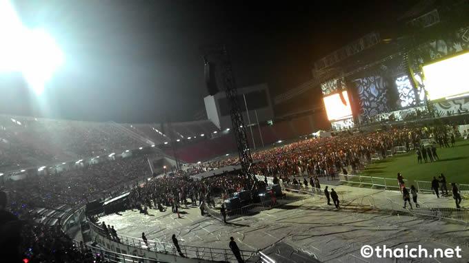 タイ・バンコクのコンサート会場の収容人数を教えて下さい。