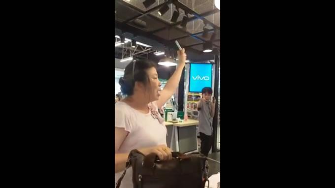 サムスンの不誠実対応にタイ人おばちゃん怒りの演説