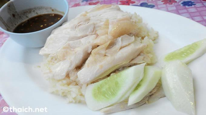 コンビニ食材だけで作る本格タイ料理「カオマンガイ」【TVウォッチング】