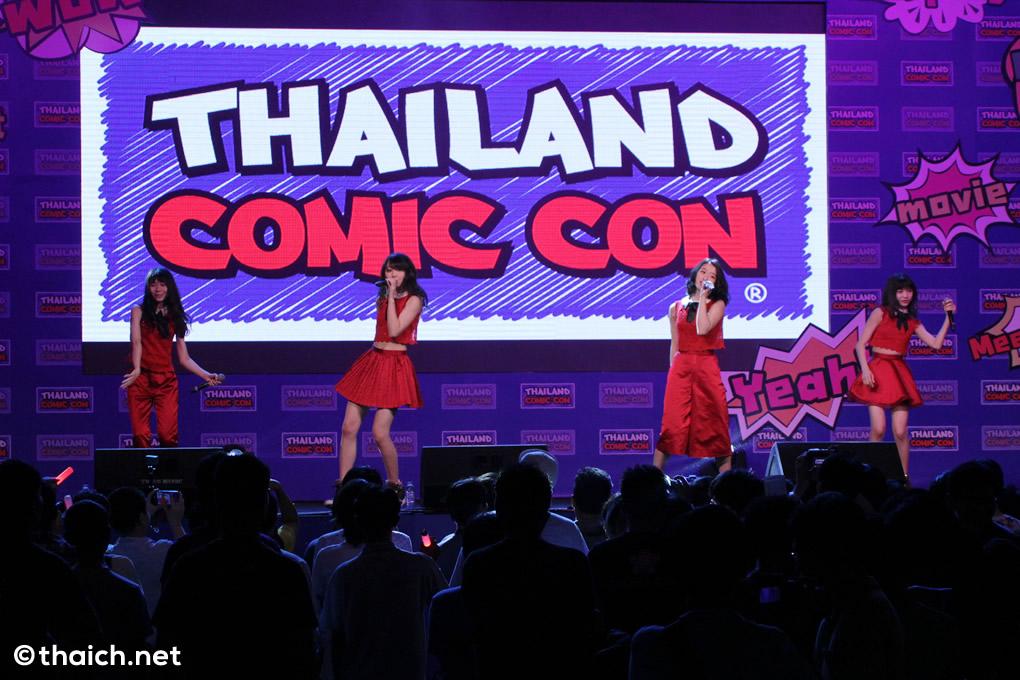 東京女子流がタイ・バンコクでミニライブ披露!ミート&グリートも[Thailand Comic Con 2016]